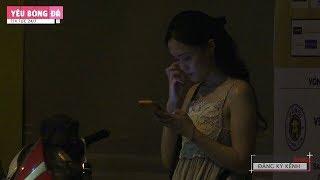 Hotgirl Quỳnh Anh Lặng lẽ đứng chờ Duy Mạnh sau trận hòa đáng tiếc HNFC