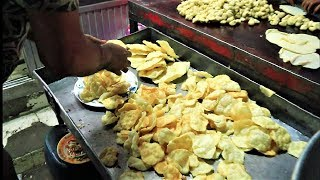 How to make fluffy Soft Luchi - Luchi Recipe in Bengali Style - Street Food of  Dhaka , Bangladesh