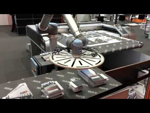Zünd S3 con Robot Universal para forex (Fespa 2015). (Sign-Tronic.es)
