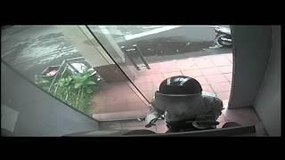 Clip rút tiền tại ATM Agribank