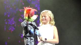 "Darci Lynne and Oscar Perform ""Who's Lovin' You"" - Las Vegas AGT Live Show"