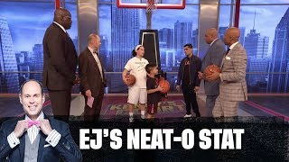 The Guys Are Challenged to a 3-Point Contest | EJ's Neat-O Stat