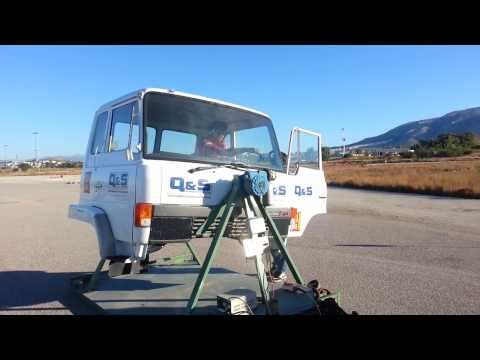 Rollover Simulator-The importance of wearing a seat belt while driving a heavy vehicle