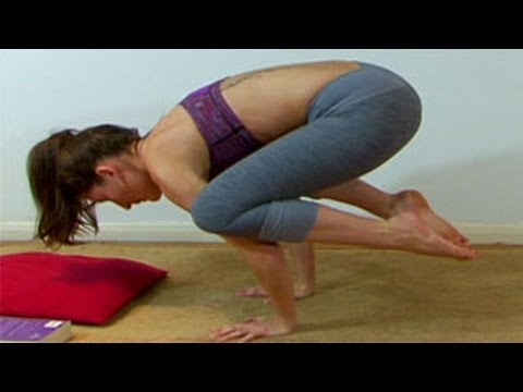 yoga for beginners  the crow pose a yoga workout  youtube