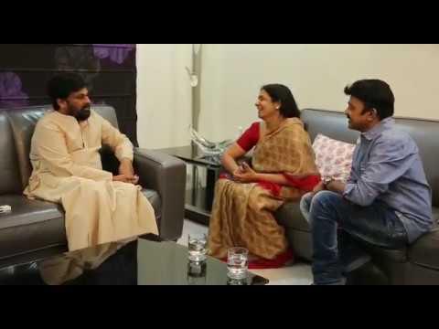 Jeevitha-Rajasekhar-Met-Chiranjeevi-For-Inviting-PSV-Garuda-Vega-Movie-Premiere