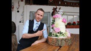 Half Naked Wedding cake - The Baking German