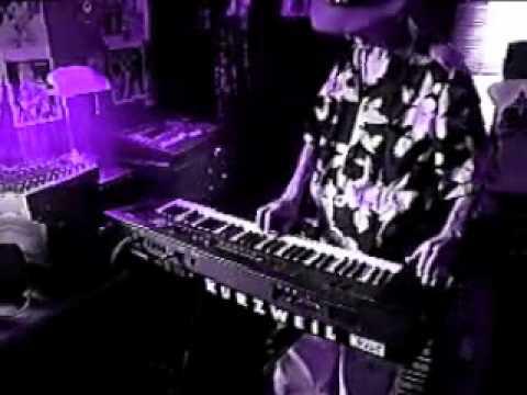 ATOMIC FUNKY GEEZER Playing Techno Music