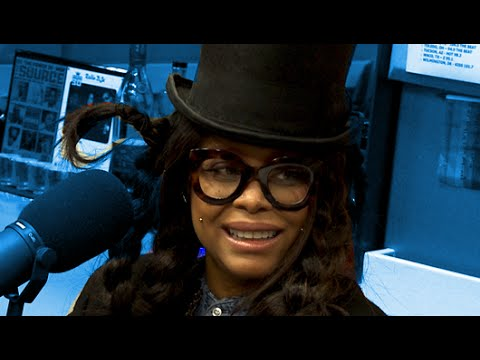 Erykah Badu Interview at The Breakfast Club Power 105.1 (11/24/2015)