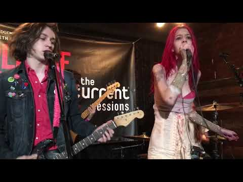 "Starcrawler ""Love's Gone Again"" 3-15-18 @ SXSW 2018 Blackheart"