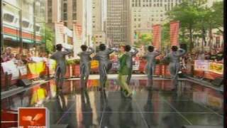 """Sutton Foster Performs """"Morning Person"""" on The Today Show"""