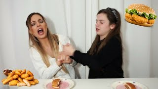 FAST FOOD CHALLENGE | feat Emmelia | Manuella