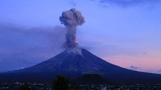 Spectacular time-lapse of Mayon volcano eruptions