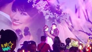 [8VBIZ] - Trấn Thành vừa hát vừa khóc trong đám cưới với Hari Won