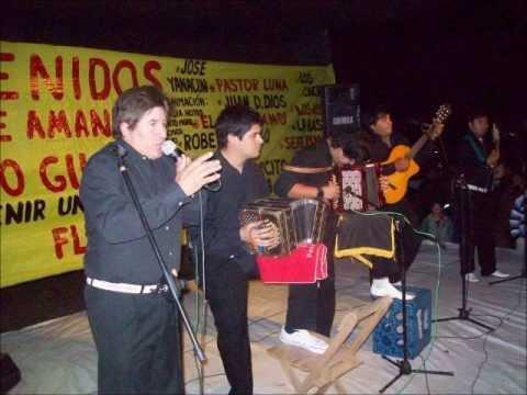 LOS CACHAPECEROS EN VIVO - CARNVALES 2013