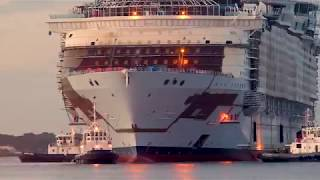 Explore the world's biggest cruise ship - Symphony of the Seas - YouTube