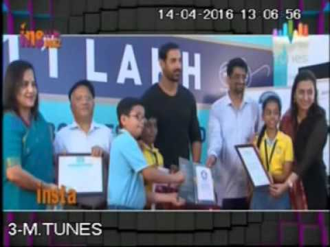 John Abraham felicitates School students for helping Bisleri achieve Guinness World Record !