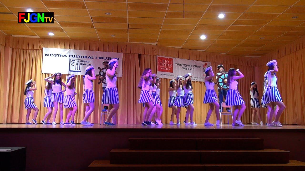 02. Devuelveme a mi chica/Dime que me quieres/La Bamba (1º Bach A) - XV Mostra musical i cultural IES Gilabert de Centelles 2015 Nules