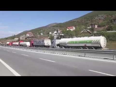 Kolona të gjata në kufirin Shqipëri-Kosovë- 19.04.2019 - Klan Kosova