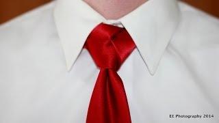 How to tie a tie: Trinity Knot (with sound)