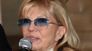 Nancy Sinatra Talks Frank Sinatra, Mia Farrow and Ronan Farrow Paternity Rumor
