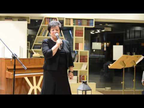 "Речта на Божана Апостолова по време на наградата ""Иван Николов""  2015"