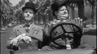 Busy Bodies - #Laurel & #Hardy (1933)