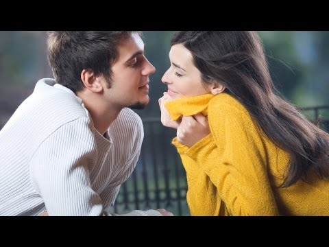 How to Hook a Guy with Body Language | Understand Men