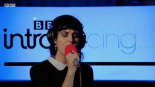 Ren Harvieu - Through the Night(Live for BBC Introducing)
