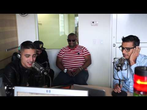 Maluma canta 'Salgamos' con Tavo Bernate en La Papaya