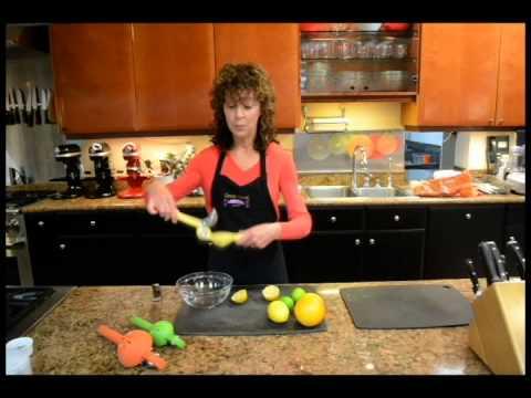 Chef'n FreshForce Citrus Juicer at Great News!