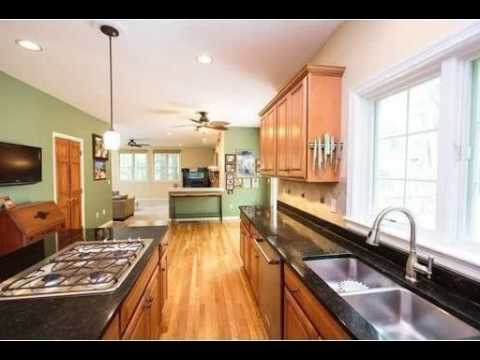 32 Eliot Hill Rd, Natick, MA - Listed by Debi Benoit