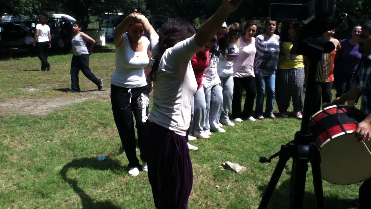 Dersim Ovacık Aslandoğmuş Köy Pikniği Halay 03-06-2012