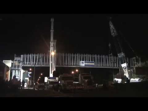 Yaamba Road Pedestrian Overpass Truss Erection - 2