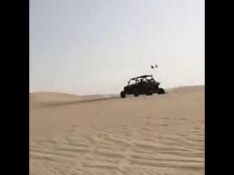 انقلاب سيارة بيكي بالصحراء