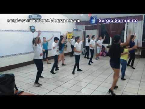 Usted qué haría - Cumbia (niños bailando Swing Criollo)