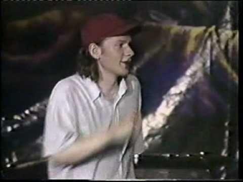 Кирпичи - Про деньги (Live in Киев 1999г)