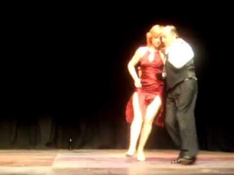 Tango teatro -  zorro gris