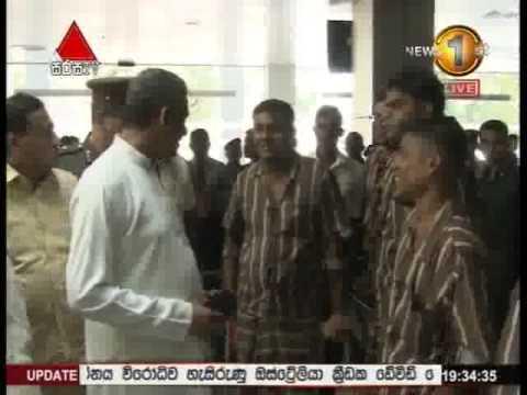 Sarath Fonseka At Army Hospital [VIDEO]