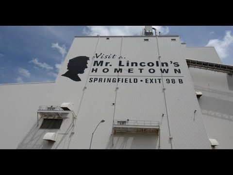 """Visit Mr. Lincoln's Home Town"" Sign - Springfield, IL"