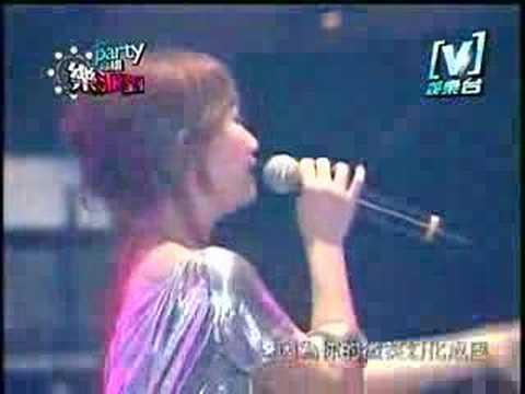 2007[V] le party樂派對演唱會 - 梁靜茹 - 小手拉大手