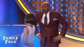 OMG! Contestants made Steve TOSS his card away! | Family Feud