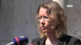 Ukrainias honor terror attack victims outside French Embassy