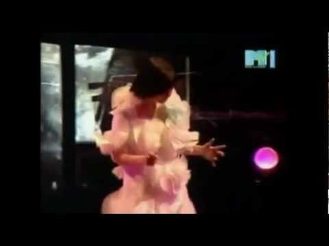 Björk - Heirloom (Legendado)