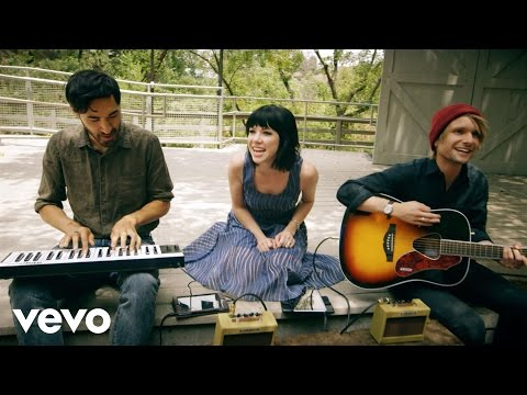 Carly Rae Jepsen - Vevo GO Shows: Run Away With Me