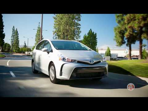 2016 Toyota Prius V | 5 Reasons to Buy | Autotrader