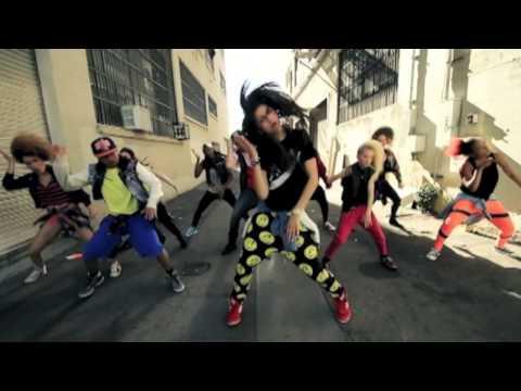 Baixar Zendaya's 1st Official Dance Video