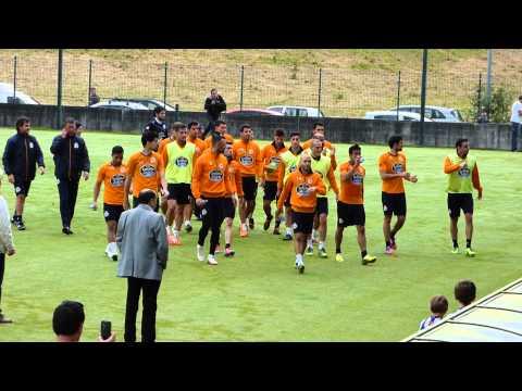 VIDEO - Los jugadores del Deportivo agradecieron a los aficionados su presencia en Abegondo