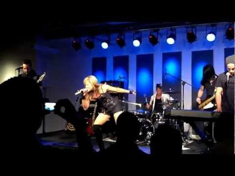 Lilian Garcia performance of