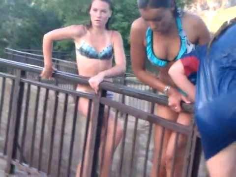 смелые девчонки на речке Патрушиха