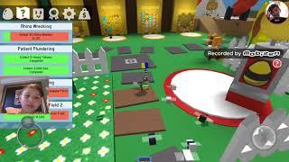 Bee Swarm Simulator | Roblox | Getting My Super Scooper Plus Gummy Bear Quest Pt1